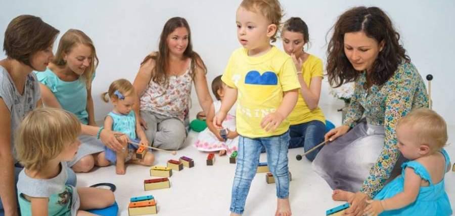 """Результат пошуку зображень за запитом """"Як музика впливає на стосунки із дітьми"""""""