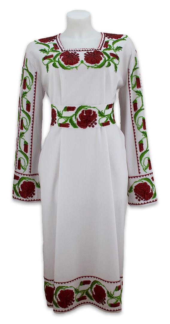 Вишивку вживають в українському народному побуті передусім на предметах  одягу 2fd910005c806